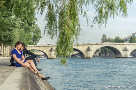 Aline Deguy, Aline Deguy Photographe, Photographe couple, Photos de couple Paris, Photographe Paris, blog photo, Photographe 92, Pont Alexandre III, Pont des arts, photo de couple Louvre, Photographie couple paris