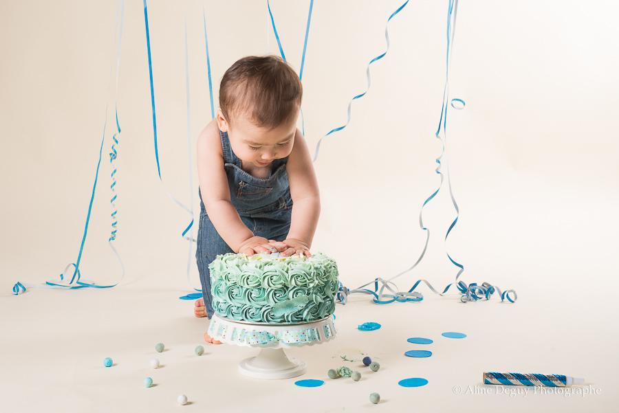 Photographe-smash-the-cake-Nanterre, séance photo bébé Nanterre