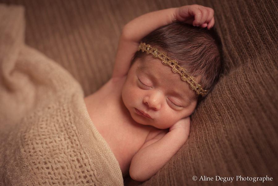 photographe nouveau né, bébé, naissance, maternité, 95, val d'oise, femme enceinte, photo studio, séance photo naissance