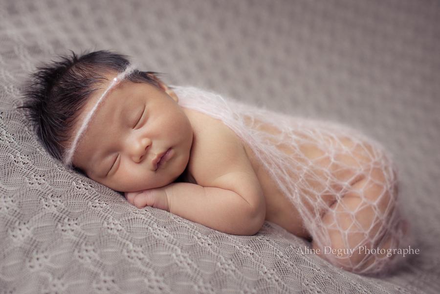 photo, naissance, bebe, nouveau-ne, studio, aline deguy, accessoires zazadamour