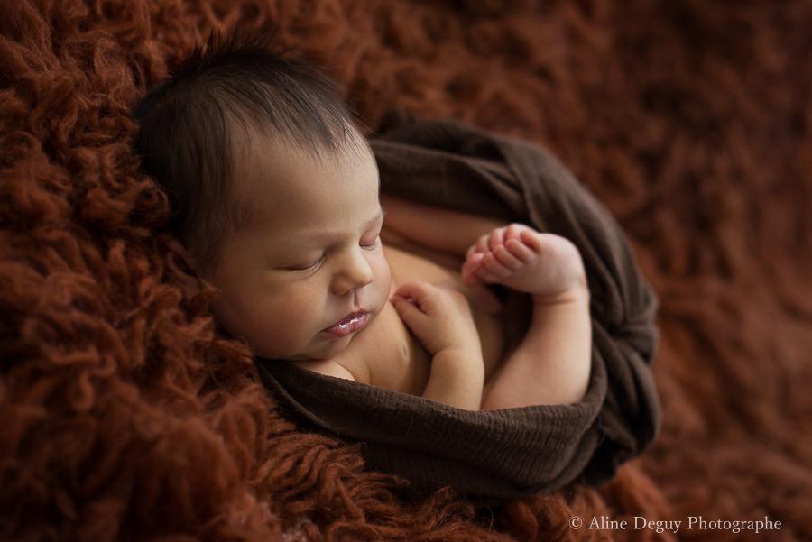 newborn posing, workshop, photographe nouveau-né endormi