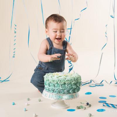 Séance photo bébé smash the cake, séance photo studio 92, Séance photo Nanterre