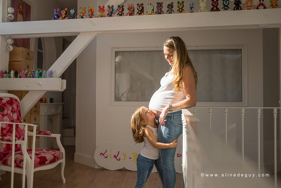 Photographe femme enceinte 92, séance photo à domicile