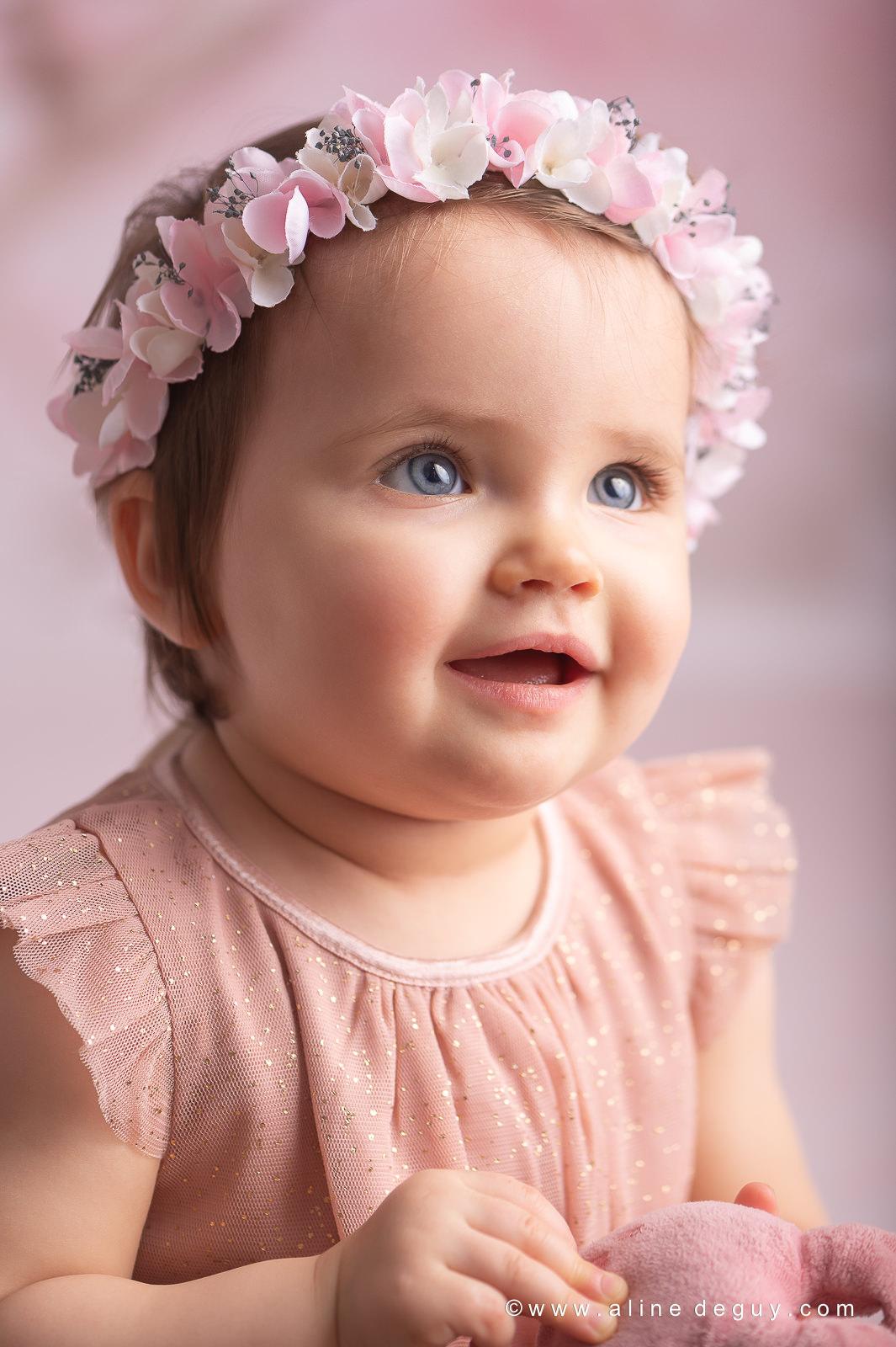 Photographe bébé suresnes, Aline Deguy, séance photo studio suresnes, studio photo bébé
